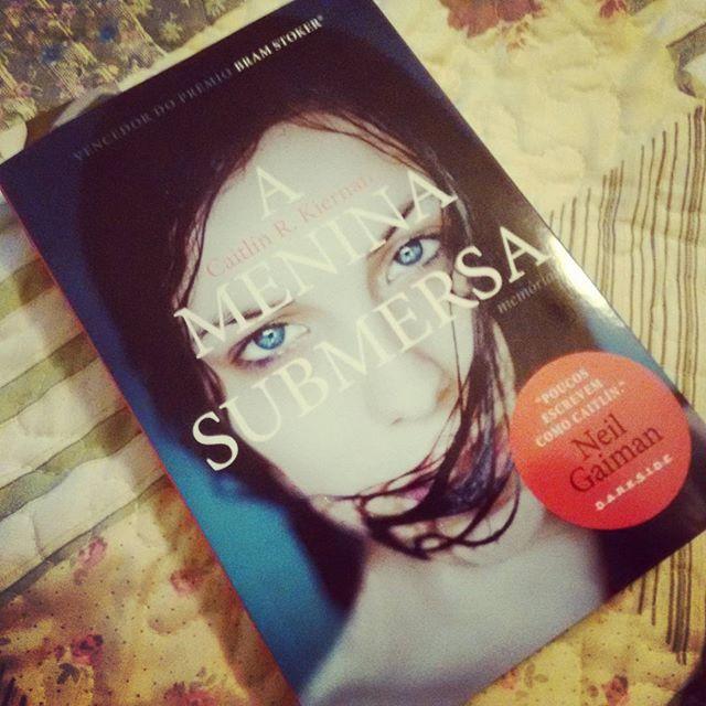 |Resenha| A Menina Submersa – Caitlin R. Kiernan |livro|